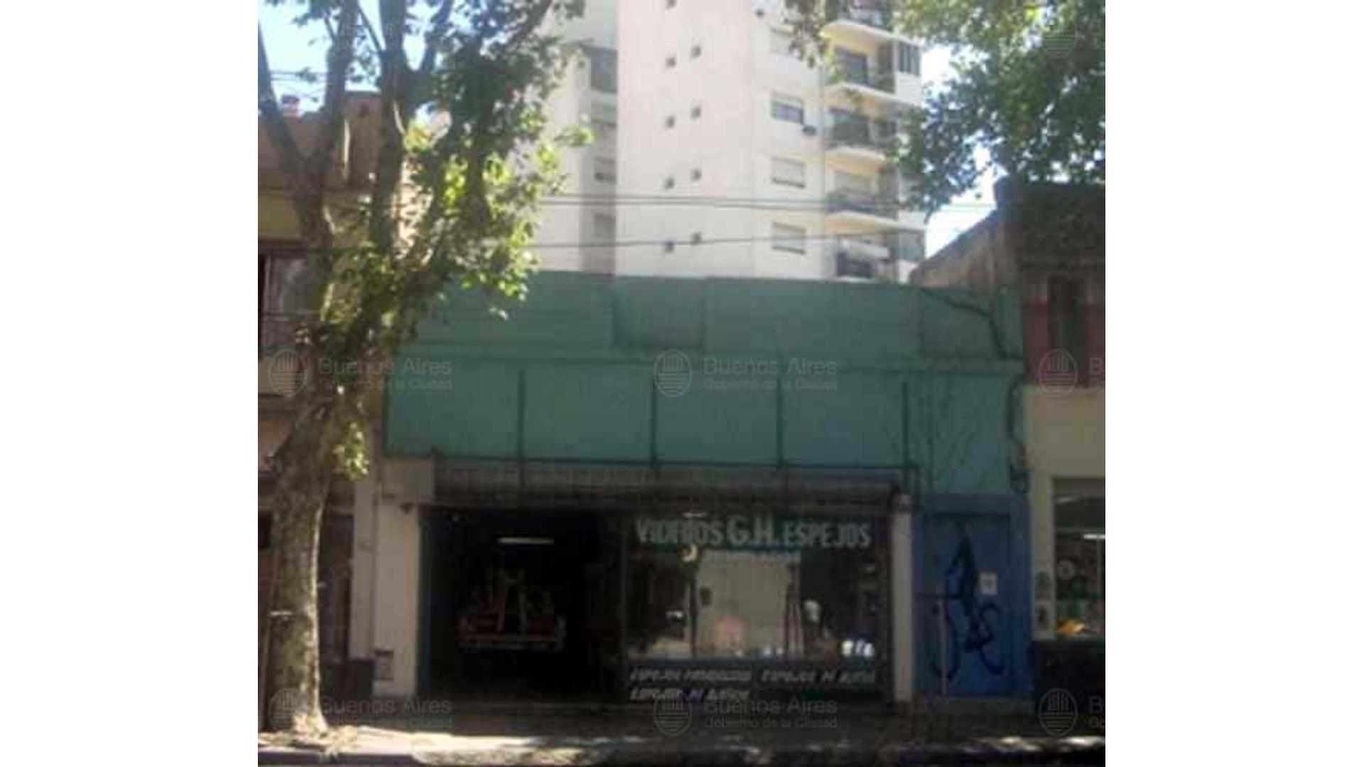 Diaz Velez 5563 Terreno en Venta de 266 m2 en Caballito.