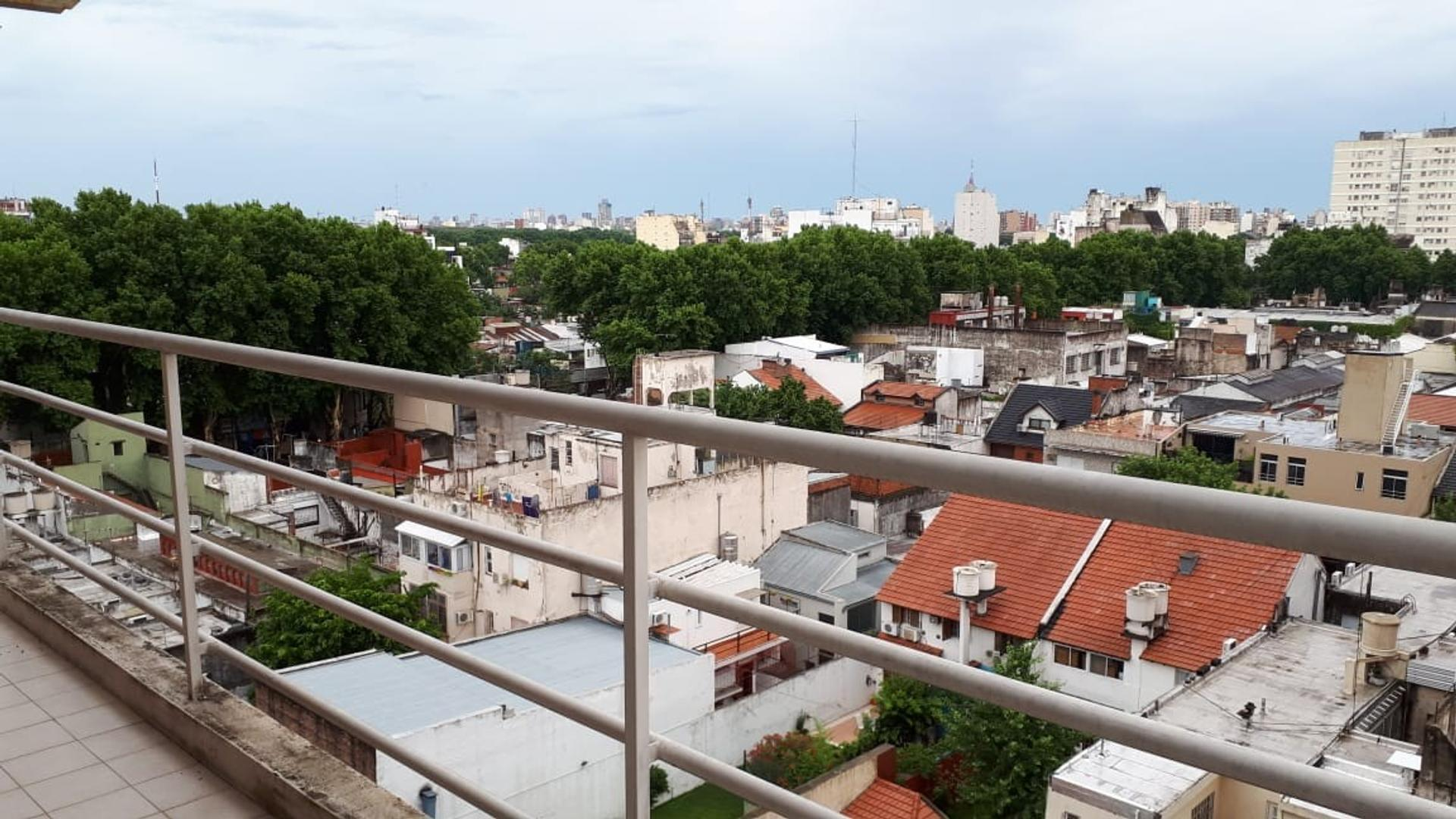 Amplio 3 Ambientes con Balcón en Villa Crespo!